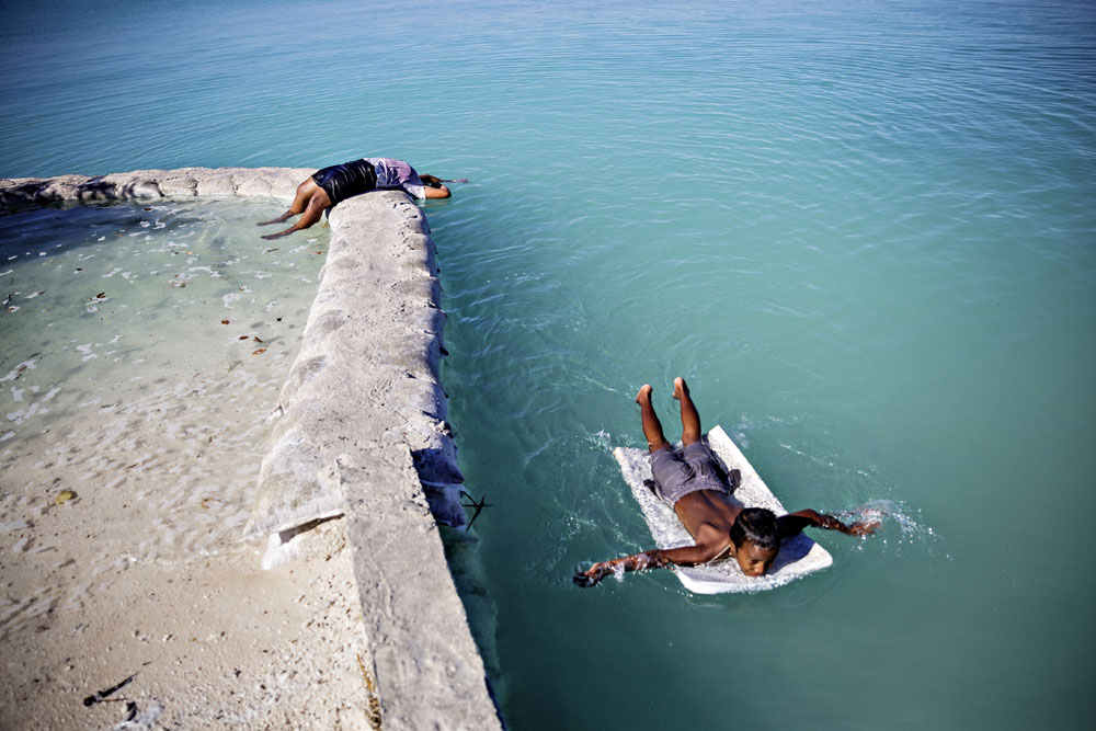 warm_waters_kiribati_050.jpg