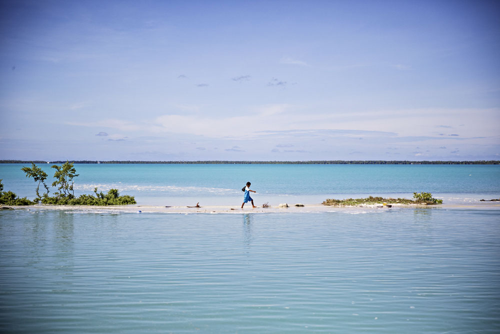 warm_waters_kiribati_003.jpg