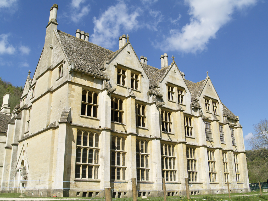 Woodchester_Mansion.jpg