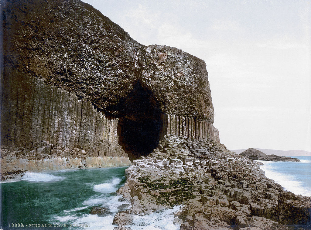 1024px-Scotland-Staffa-Fingals-Cave-1900.jpg